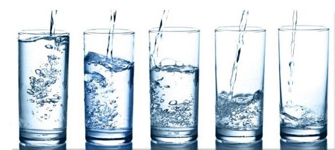 Nakon Bowen tretmana pijte 6-8 čaša vode