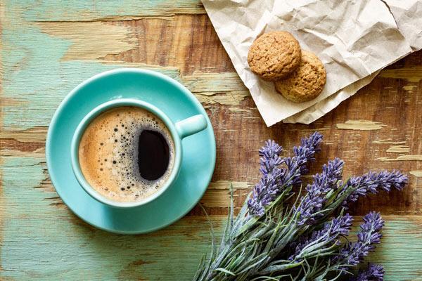 Sreću čine male stvari kafenisanje